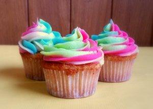 Cupcakes arcoiris- rainbow cupcakes
